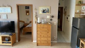 Der Blick vom Wohnzimmer in die Küche Ferienwohnung Witthöhn